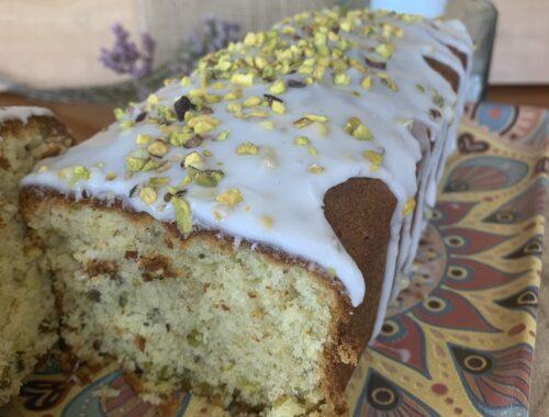 Pistacho Pound Cake